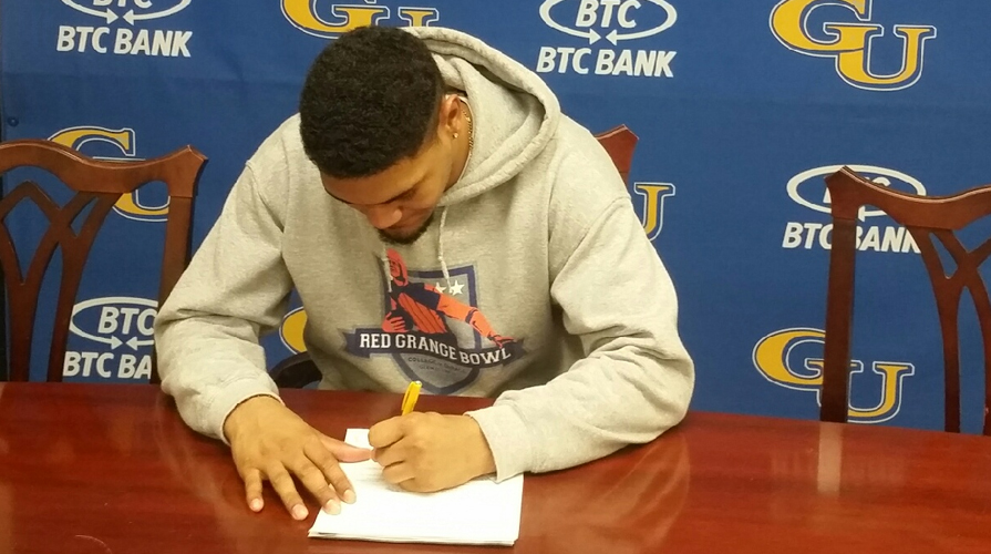 Photo for Mykal Riley Joins Football