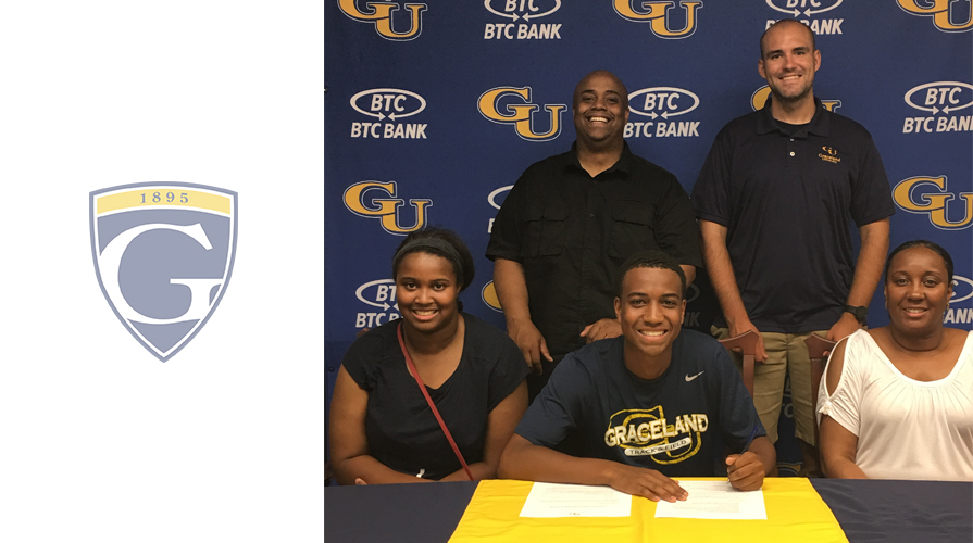 Photo for Kyrron Davis Inks with Cross Country andTrack and Field